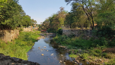 Sin muro de contención es peligroso el arroyo Mburicaó, dicen vecinos