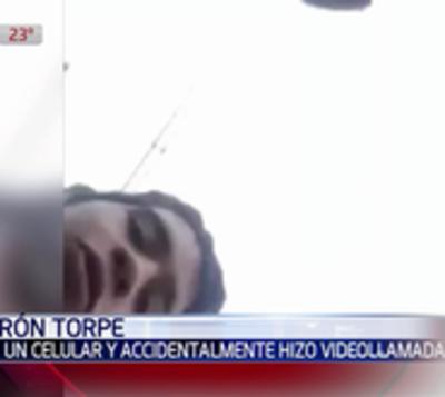 Ladrón campeón: Robó celular a mujer e hizo videollamada por error
