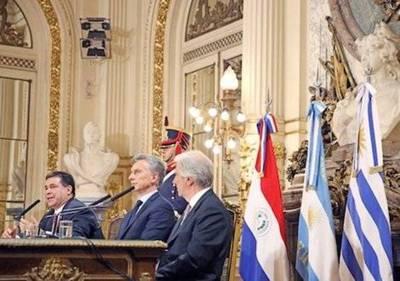 El sueño es oficial: Argentina, Uruguay y Paraguay van por la sede del MUNDIAL 2030