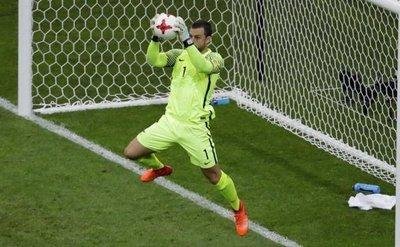 Portero desea repechaje contra Perú o Paraguay