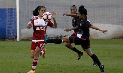 Libertadores arrancó con empate entre River y Unión Española