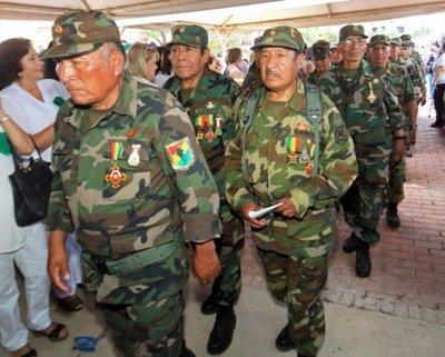 Captor del Che y ex soldados inauguran  mural en Bolivia