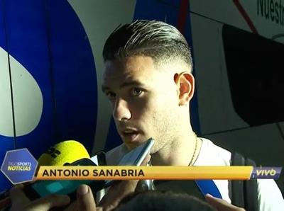 Antonio Sanabria, delantero de la Albirroja