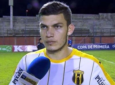 Rodrigo Bogarín fue la figura del partido