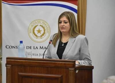 Por qué Cartes eligió a Sandra Quiñónez