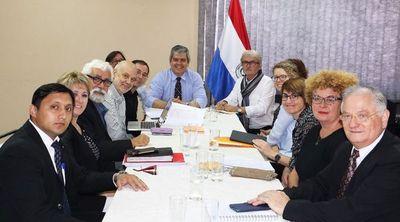 Franceses monitorean proyectos aplicados por beneficiarios de BECAL