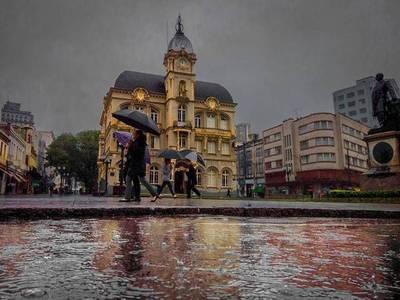 Vuelos directos a Curitiba, Porto Alegre y Corrientes