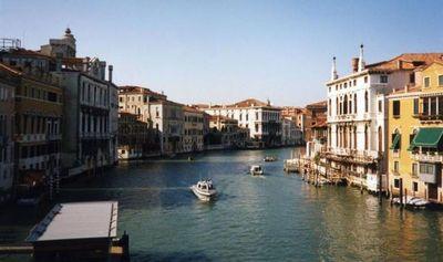 Habitantes de Venecia sueñan con mayor autonomía respecto a Roma