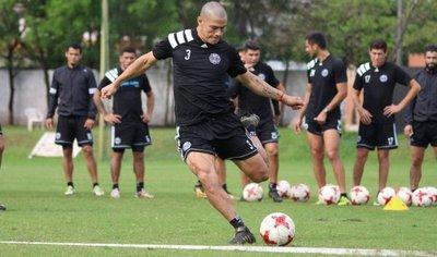 Darío Verón, en recuperación por una afección en la zona lumbar