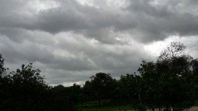 Seis departamentos con lluvias y tormentas