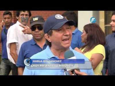 """Renuncia """"Oti"""" Sánchez al cargo de director del Abasto"""