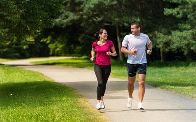 Aseguran que las mujeres corren mejor que los hombres