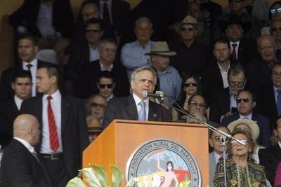 Villasanti llevó las necesidades del campo a la inauguración de la Expo
