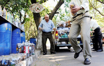 Afirman que municipios se deben encargar de la recolección de pilas