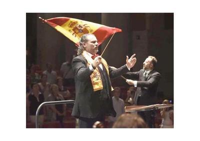 Galardonado maestro español dirige   la Sinfónica Nacional