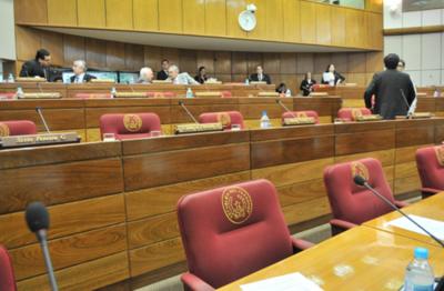 """""""Próceres"""" del Senado siguen raboneando"""