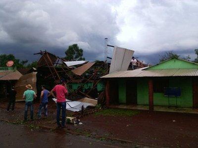 Temporal deja daños en San Rafael del Paraná
