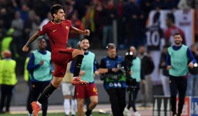 Roma golea al Chelsea y ya acaricia el pase a los octavos