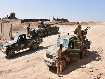 Al menos 75 muertos tras atentado del ISIS contra civiles desplazados en Deir Ezzor