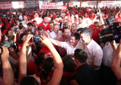 Santi aventaja a Mario Abdo en Asunción y Central: creció 9,7 en dos meses