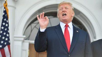 """Trump cerró una gira """"muy exitosa"""" en Asia"""