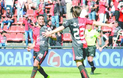 """""""Chelo"""" Estigarribia  no piensa en volver a Cerro"""