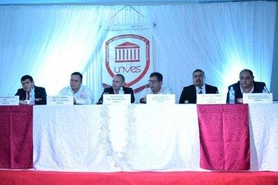 Precandidatos debaten sobre realidad del Guairá