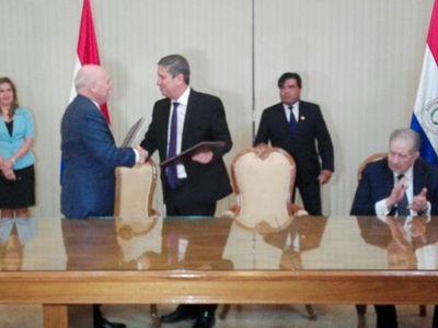 Cancillería y TSJE firman convenio para elecciones en el exterior