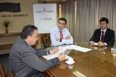 Interés de Costa Rica para cooperación mutua con Paraguay