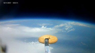 La aventura de la primera chipa que llegó al espacio