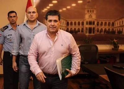 """El PLRA trata a Cartes de zombie y cobarde: """"No tenga miedo presidente, salga de su escondite"""""""