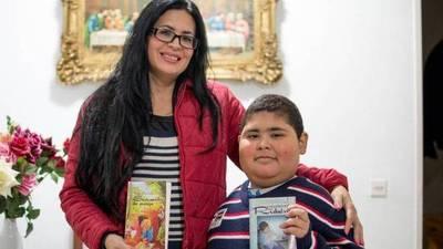 Al niño paraguayo que leía a  Platón y Borges y escribía  cuentos lo lloran en España