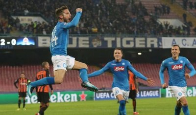 Napoli golea al Shakhtar y sigue creyendo en pase a octavos