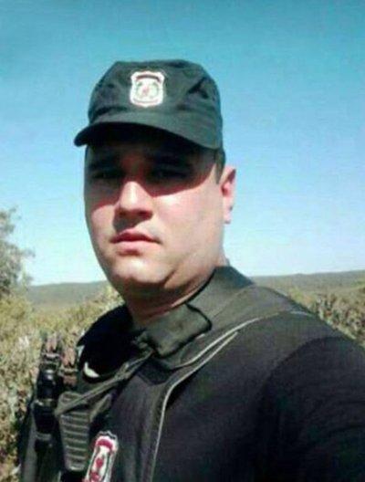 Policía mata y luego arrastra 300 metros el cuerpo de su camarada