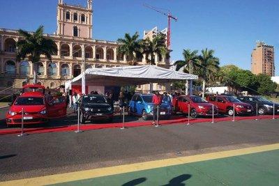 """Ya están disponibles los """"vehículos cero kilómetro para la familia paraguaya"""""""