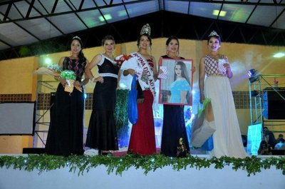 Eligen a la nueva reina del Ao Poi en Yataity
