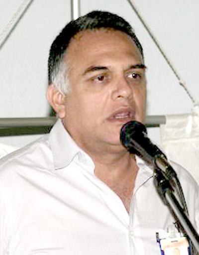 Califican de espantavotos a Blas Llano y a Zulma Gómez