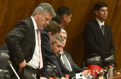 Senado amplía aportes para campaña y habilita a recibir plata de acusados
