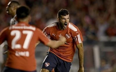 Independiente vence en la primera final de la Sudamericana