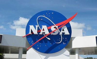 """Trump urgirá a la NASA a enviar """"de nuevo astronautas de EE.UU. a la Luna"""""""