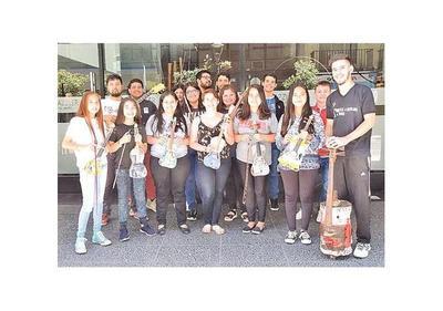 Orquesta de Cateura, rumbo a Singapur