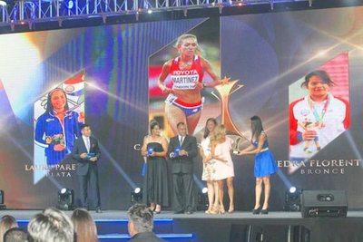 Tigo premió a deportistas