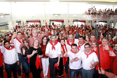 Odila Báez cierra campaña con gran aire de victoria