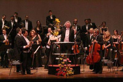 Ciclo de conciertos al aire libre en los Barrios con la Osca