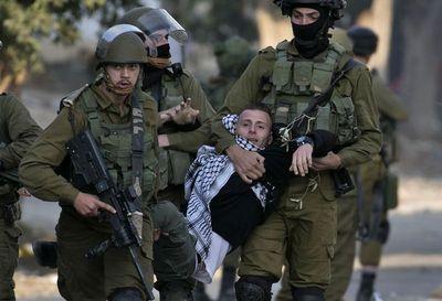 Cuatro muertos y miles de manifestantes en territorios palestinos por Jerusalén