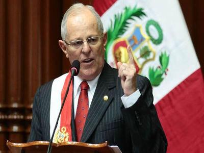 """Presidente de Perú podría ser destituido por """"incapacidad moral"""""""