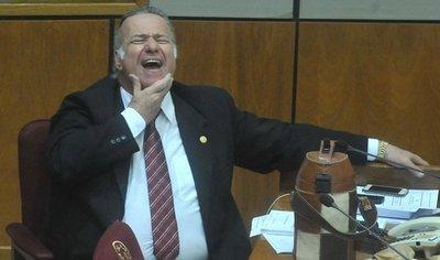 Senado suspende por 60 días a González Daher tras escándalo judicial