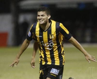 Cerro tendría interés en Rodrigo Bogarín