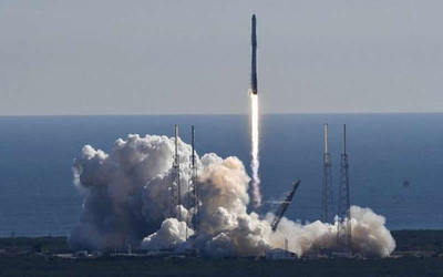 La NASA lanzó cohete reciclado de Elon Musk para abastecer a la EEI