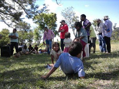 """AUDIO: Entregaron víveres a indígenas y les pidieron apoyar """"al líder"""""""